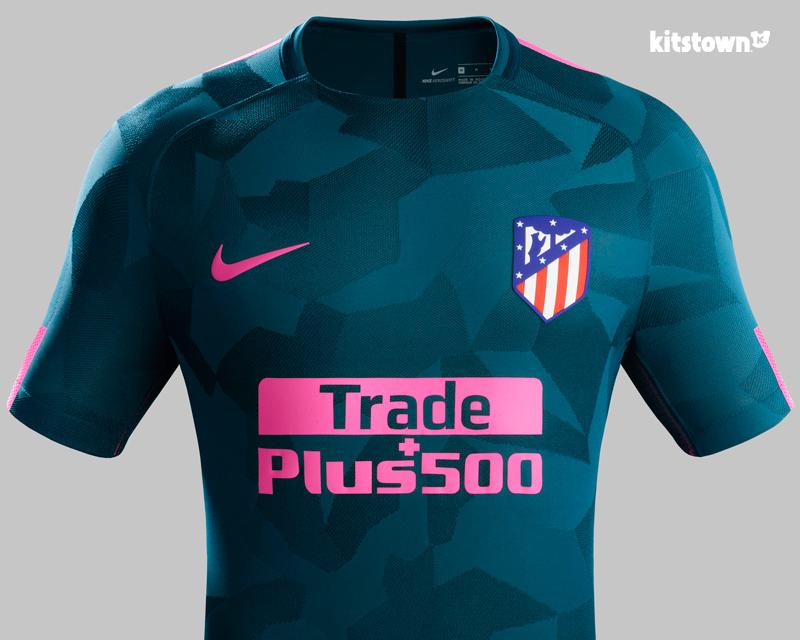 马德里竞技2017-18赛季第二客场球衣 © kitstown.com 球衫堂
