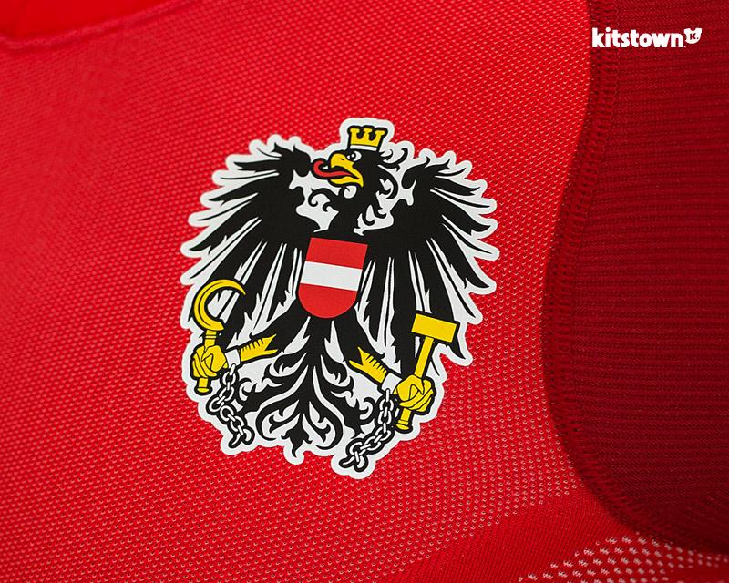 奥地利国家队2018赛季主场球衣 © kitstown.com 球衫堂