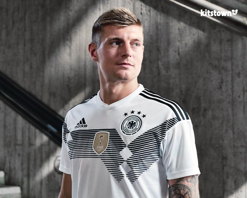 德国国家队2018世界杯主场球衣 © kitstown.com 球衫堂
