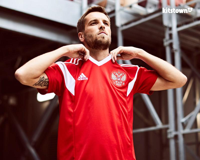俄罗斯国家队2018世界杯主场球衣