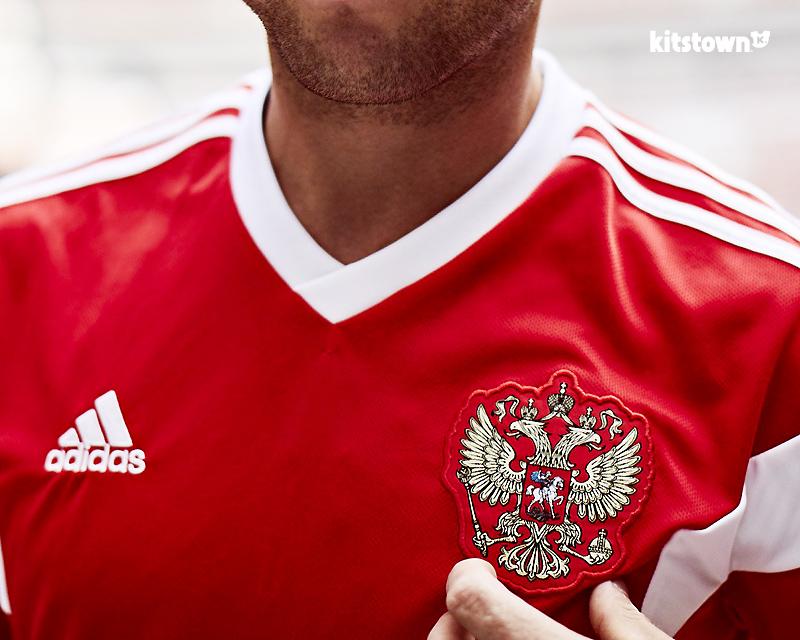 俄罗斯国家队2018世界杯主场球衣 © kitstown.com 球衫堂