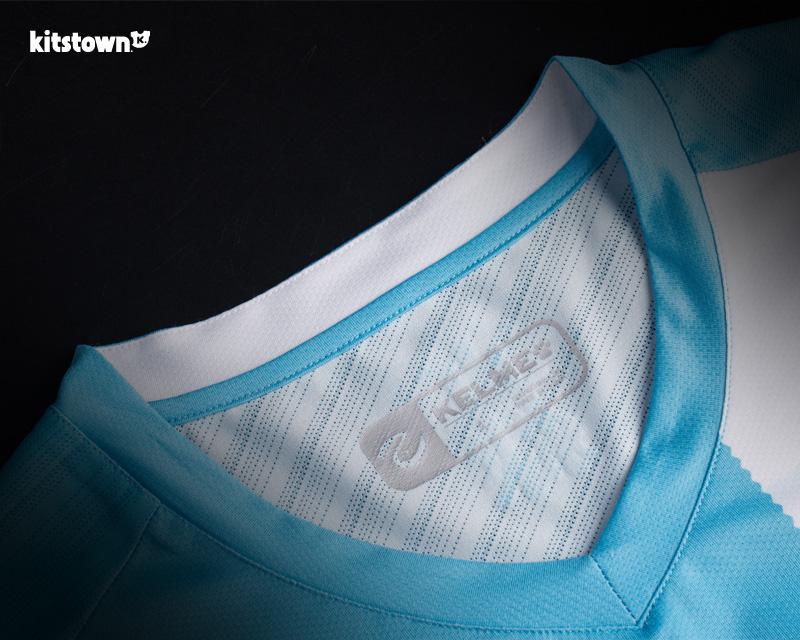 保定容大2018赛季主客场球衣 © kitstown.com 球衫堂