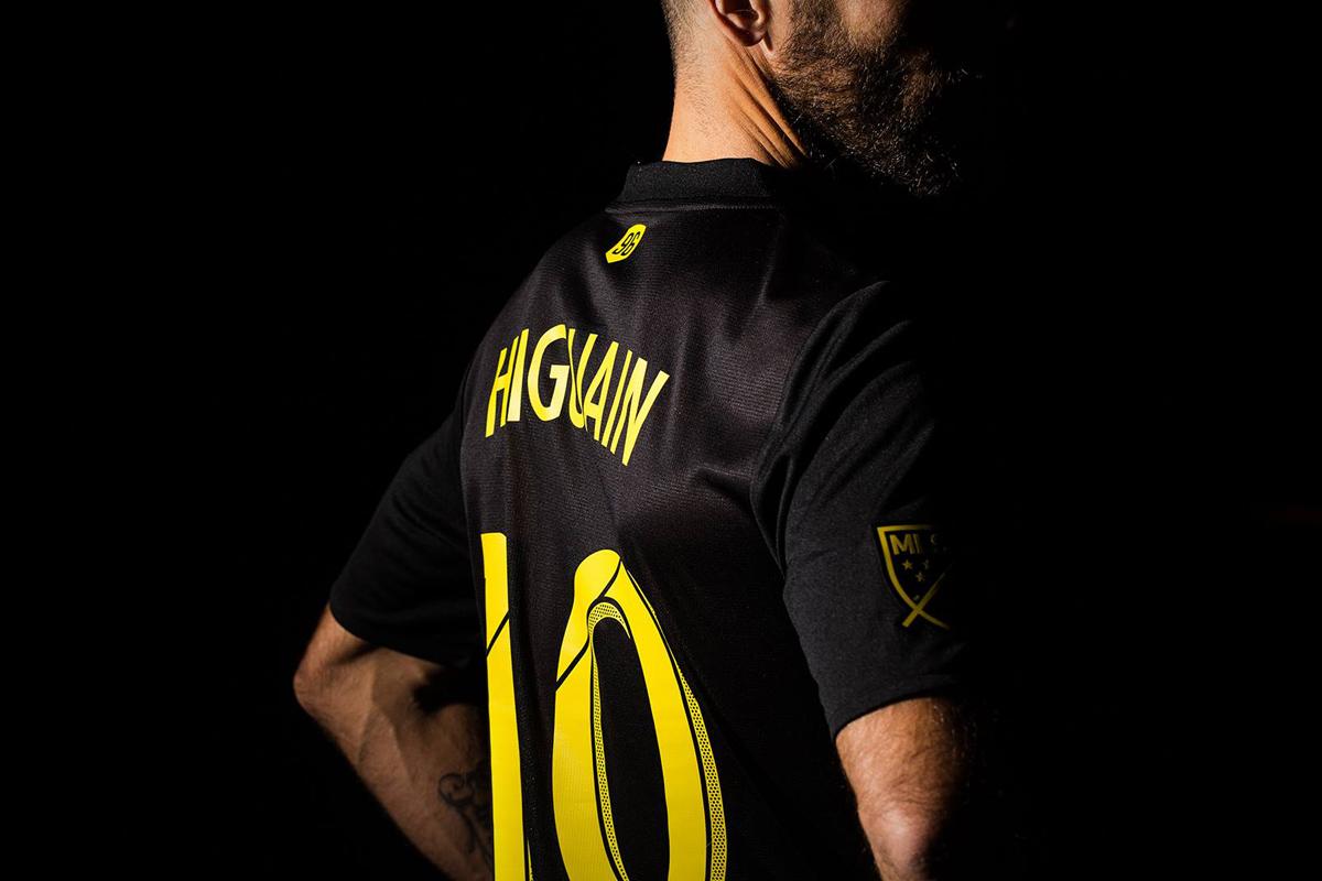 哥伦布机员2018-19赛季客场球衣 © kitstown.com 球衫堂