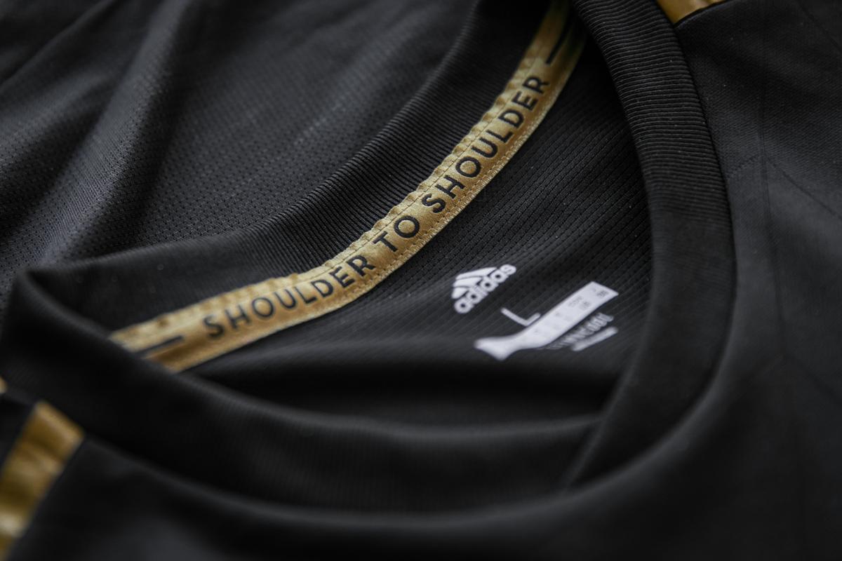 洛杉矶FC 2018赛季主客场球衣 © kitstown.com 球衫堂