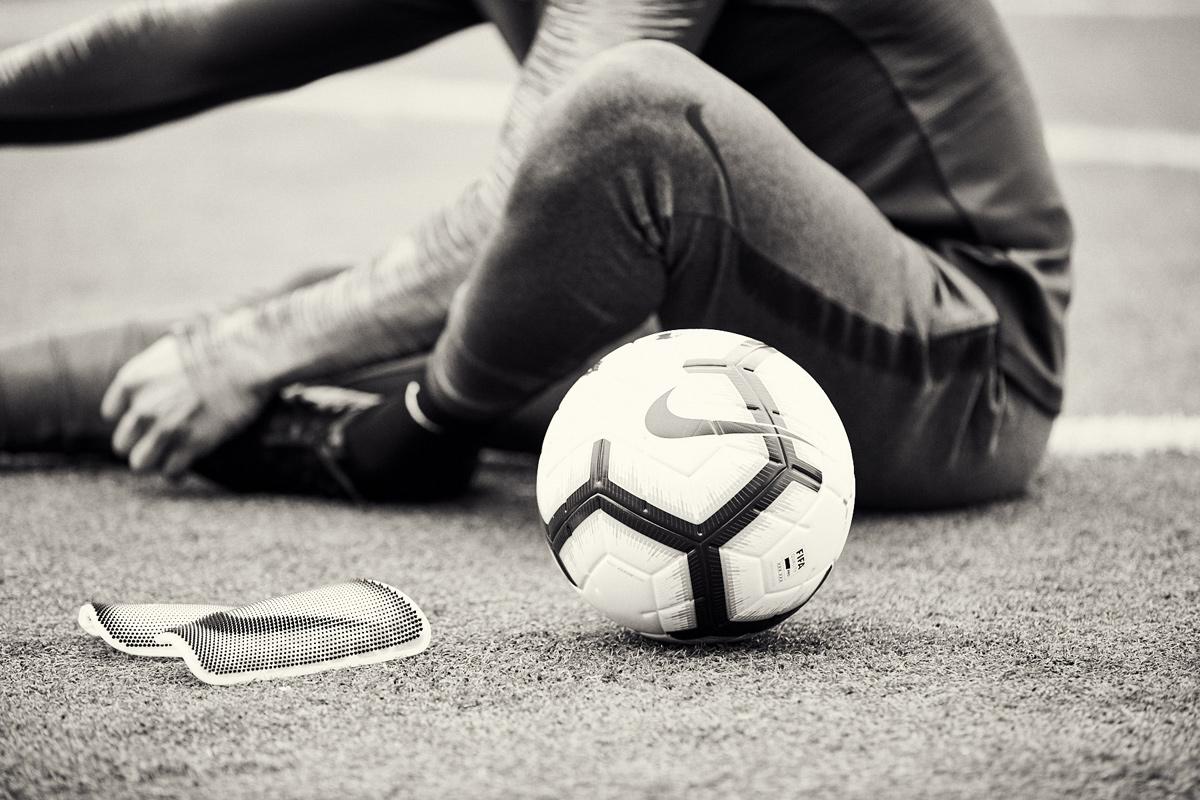 耐克推出MERLIN系列足球 © kitstown.com 球衫堂