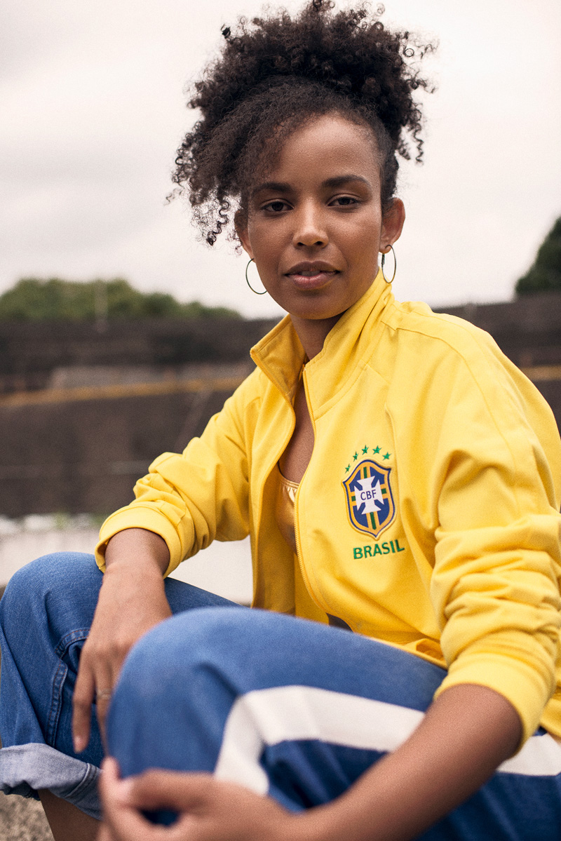 巴西国家队2018世界杯主客场球衣 © kitstown.com 球衫堂