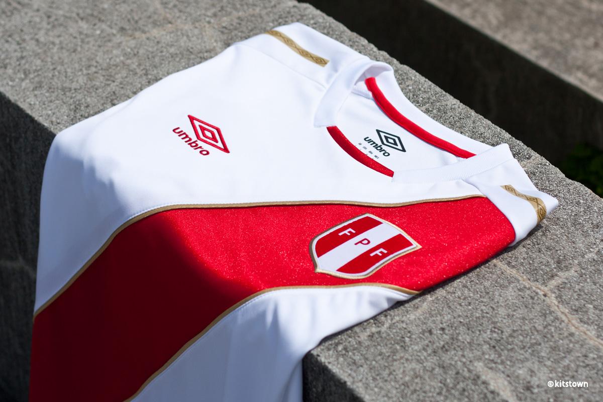秘鲁国家队2018世界杯主客场球衣 © kitstown.com 球衫堂