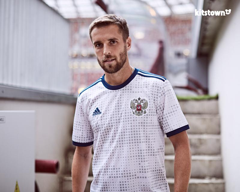 俄罗斯国家队2018世界杯客场球衣 © kitstown.com 球衫堂