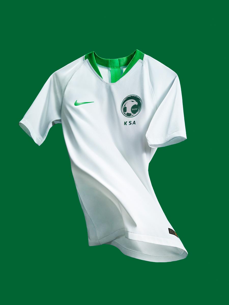 沙特阿拉伯国家队2018世界杯主客场球衣 © kitstown.com 球衫堂