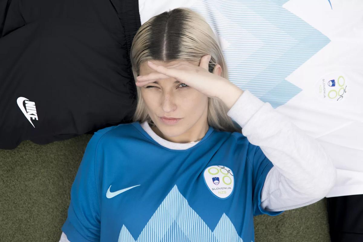 斯洛文尼亚国家队2018赛季主客场球衣 © kitstown.com 球衫堂