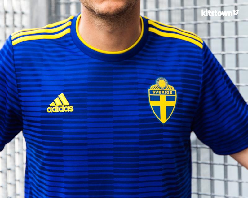 瑞典国家队2018世界杯客场球衣 © kitstown.com 球衫堂