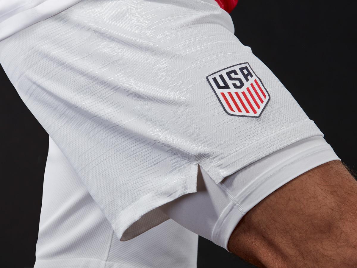 美国国家队2018赛季主客场球衣 © kitstown.com 球衫堂
