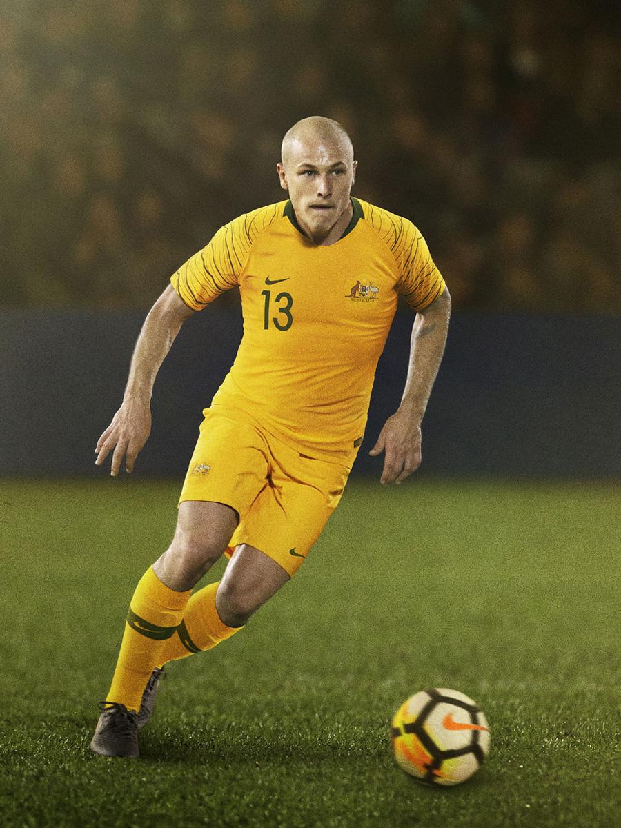 澳大利亚国家队2018世界杯主客场球衣