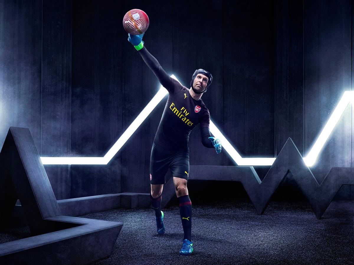 阿森纳2018-19赛季主场球衣 © kitstown.com 球衫堂