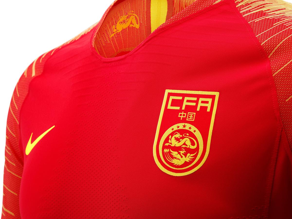 中国国家队2018赛季主场球衣 © kitstown.com 球衫堂