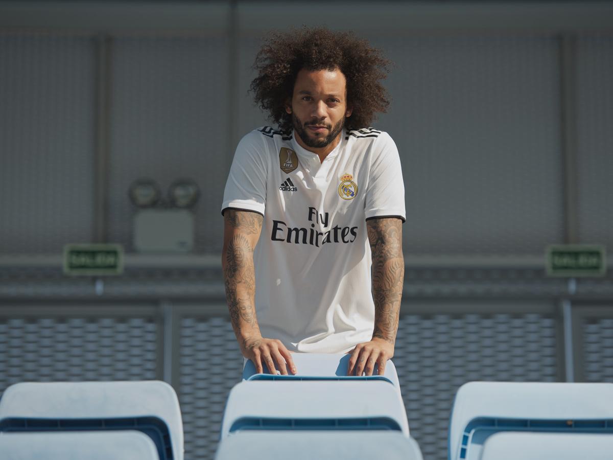 皇家马德里2018-19赛季主客场球衣 © kitstown.com 球衫堂