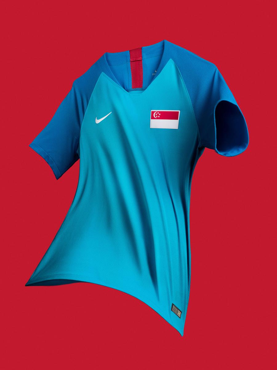 新加坡国家队2018赛季主客场球衣 © kitstown.com 球衫堂