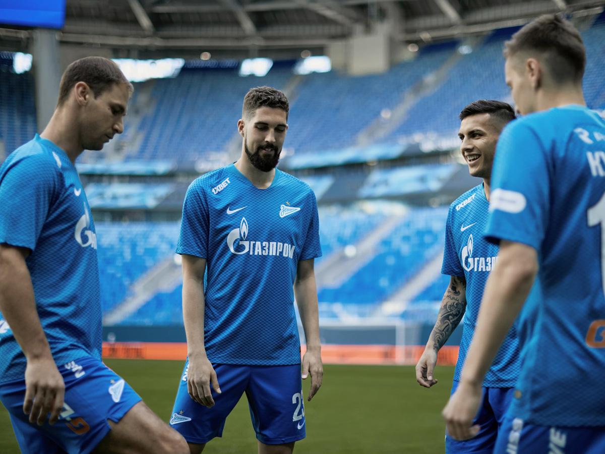 圣彼得堡泽尼特2018-19赛季主场球衣 © kitstown.com 球衫堂