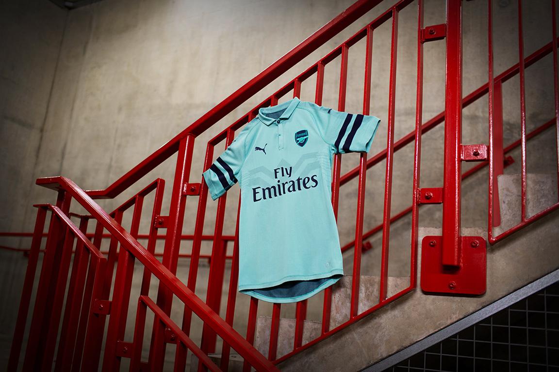 阿森纳2018-19赛季第二客场球衣 © kitstown.com 球衫堂