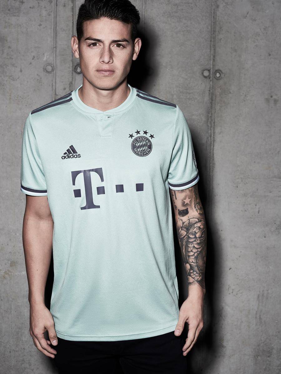 拜仁慕尼黑2018-19赛季客场球衣 © kitstown.com 球衫堂