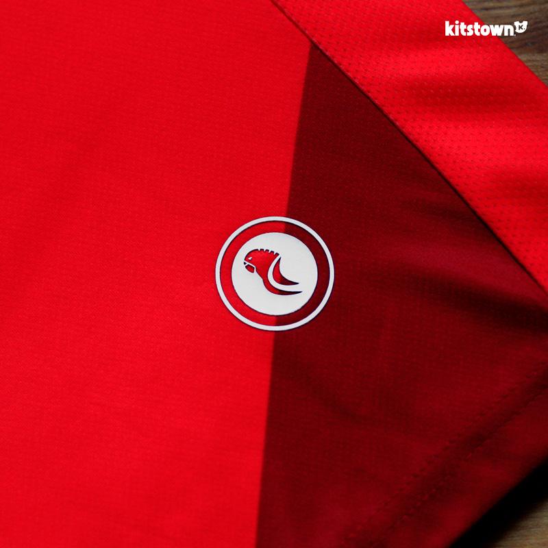 西班牙人2018-19赛季主客场球衣 © kitstown.com 球衫堂