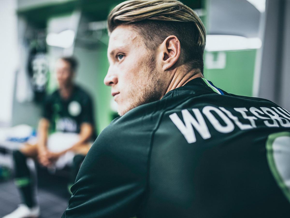 沃尔夫斯堡2018-19赛季主客场球衣 © kitstown.com 球衫堂