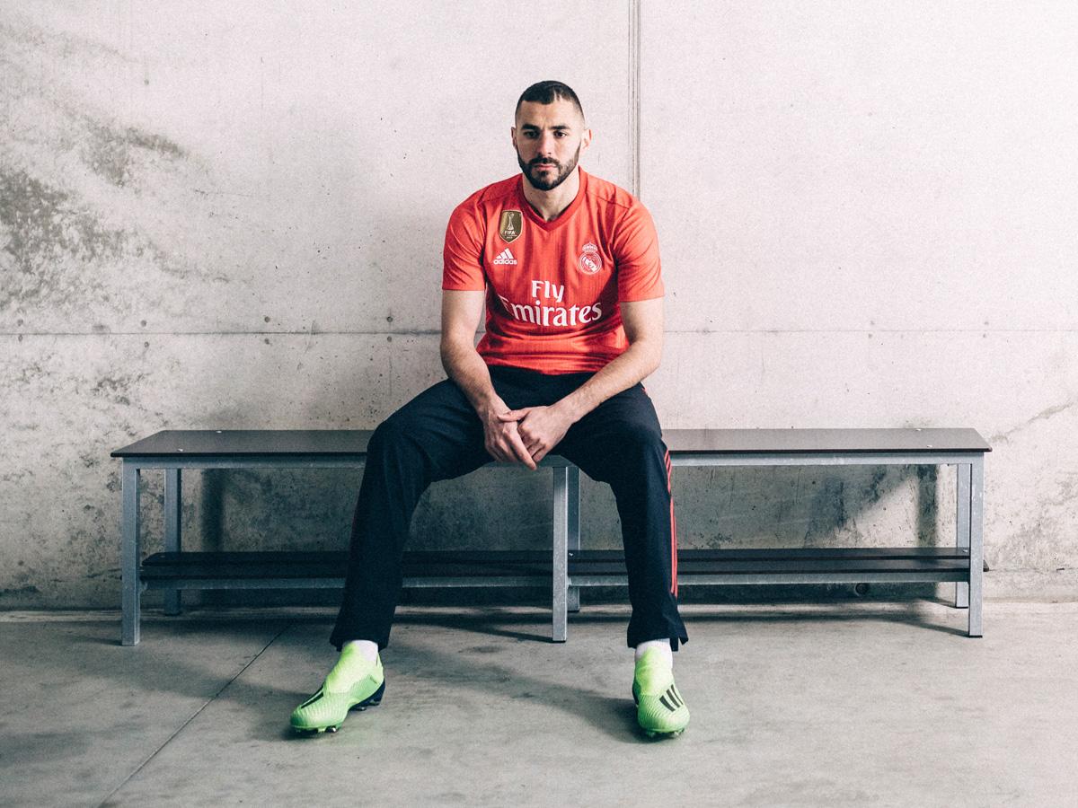 皇家马德里2018-19赛季第二客场球衣 © kitstown.com 球衫堂