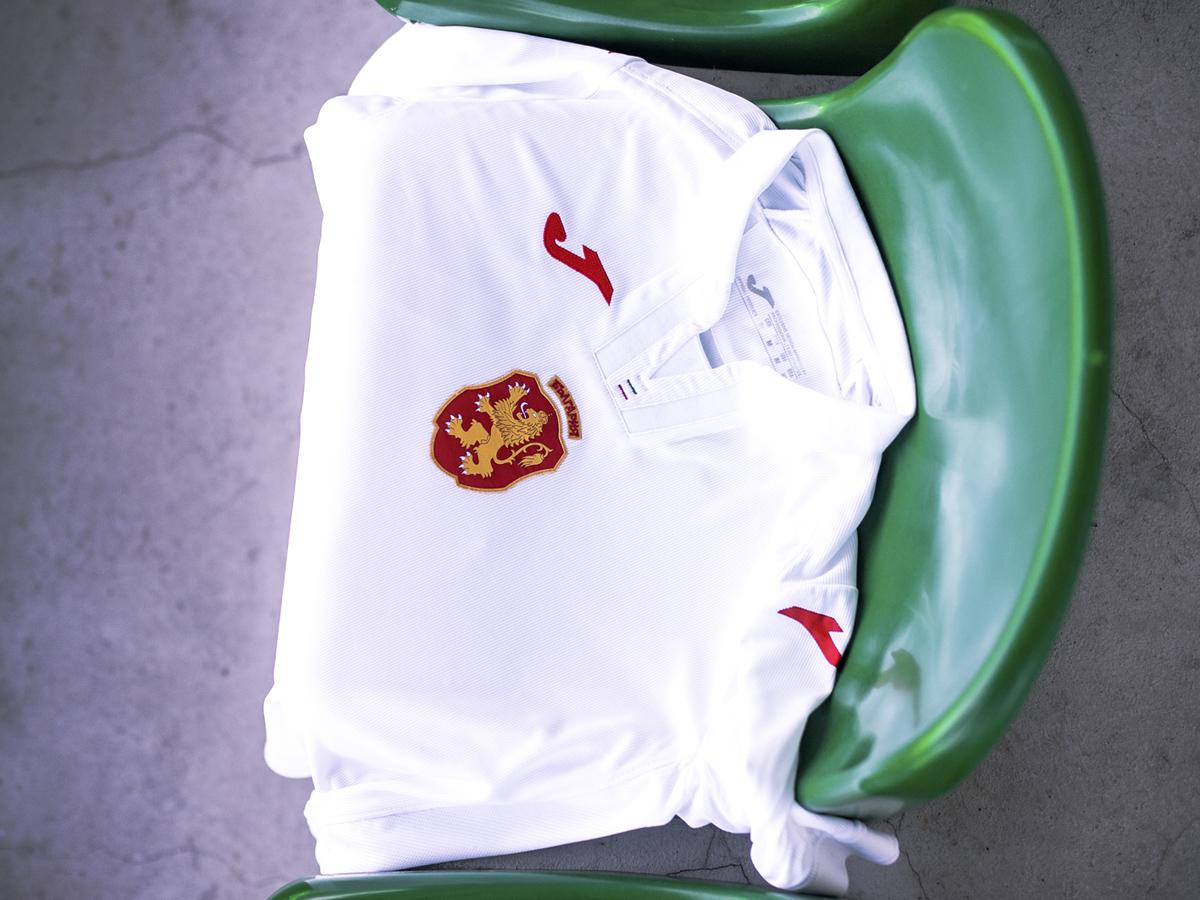2018赛季主客场球衣 © kitstown.com 球衫堂