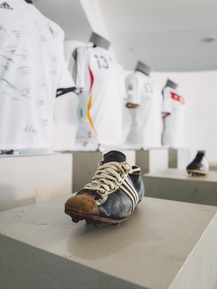 阿迪达斯与德国足协续约至2026年 © kitstown.com 球衫堂