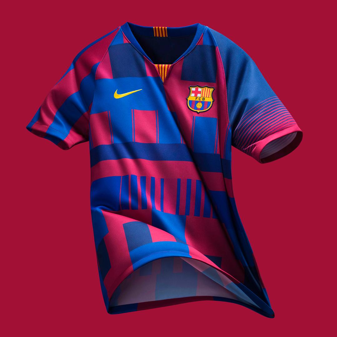 Nike × 巴塞罗那合作二十周年纪念球衣 © kitstown.com 球衫堂