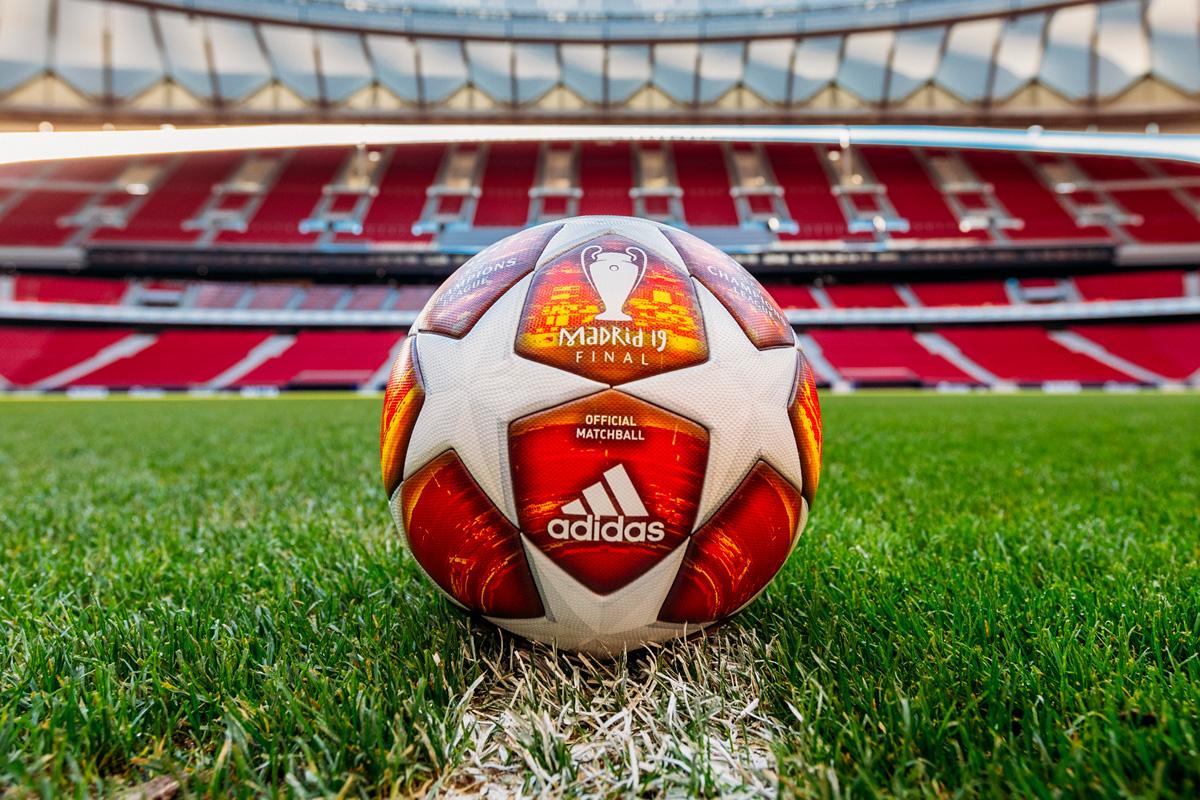 马德里决战19—2018-19欧冠联赛淘汰赛阶段官方比赛用球 © 球衫堂 kitstown