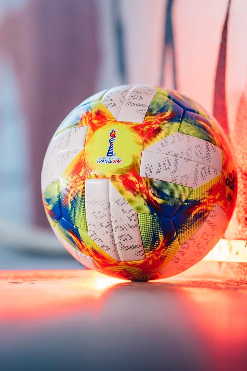 阿迪达斯推出2019年FIFA女足世界杯官方比赛用球 © 球衫堂 kitstown