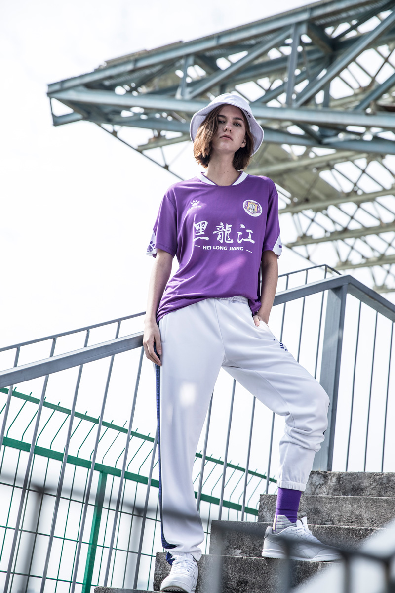 黑龙江火山鸣泉2019赛季主客场球衣 © 球衫堂 kitstown