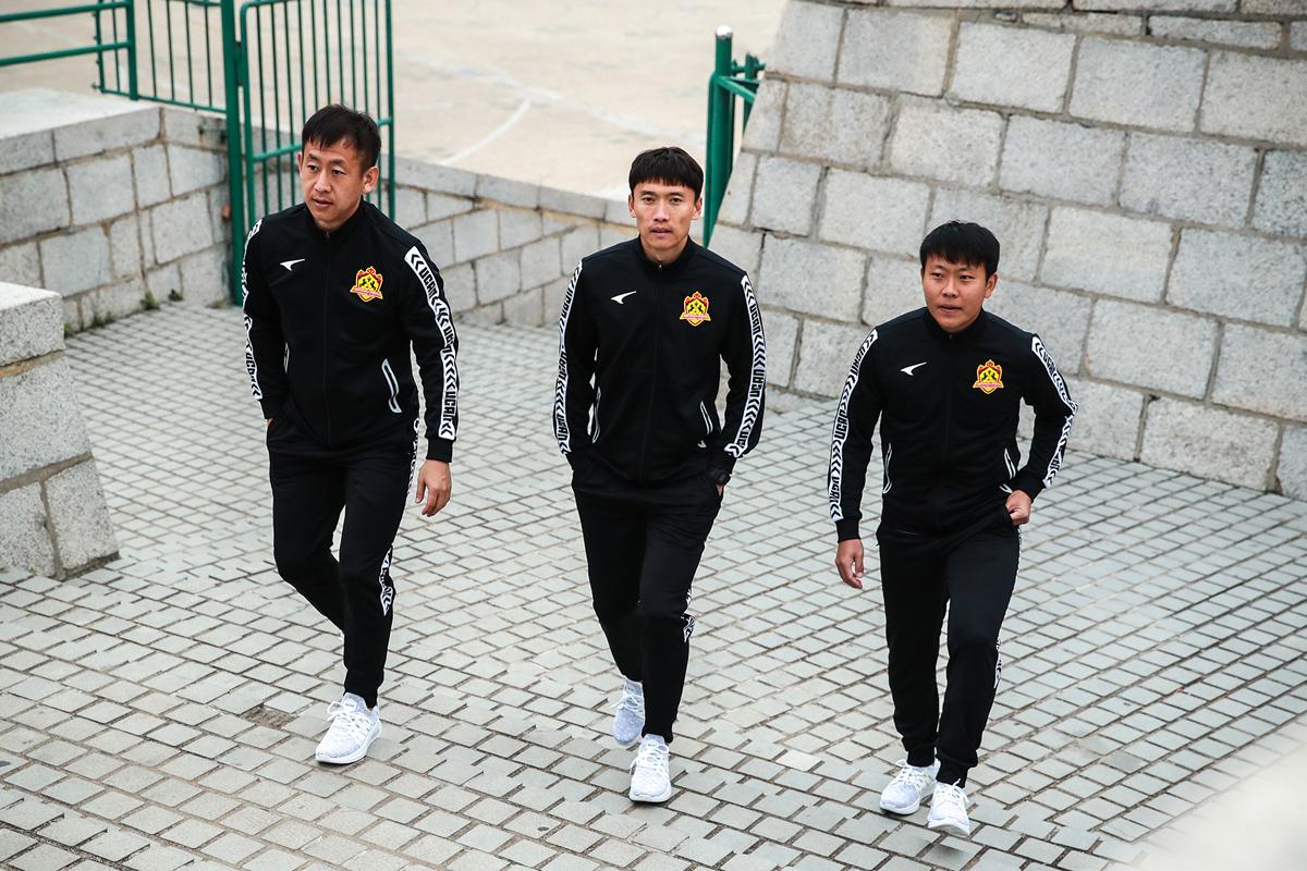 内蒙古中优2019赛季主客场球衣 © 球衫堂 kitstown