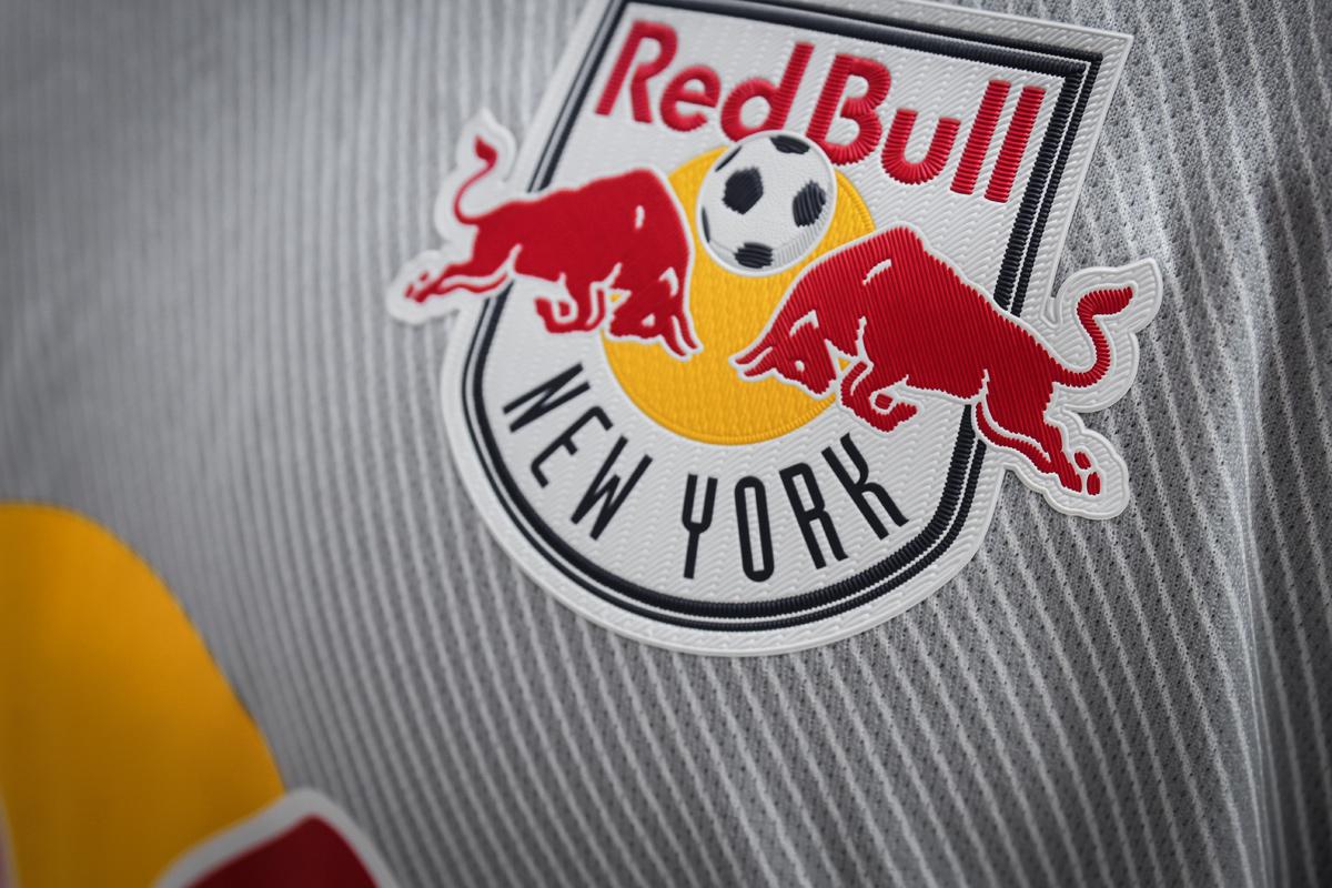 纽约红牛2019-20赛季客场球衣 © 球衫堂 kitstown