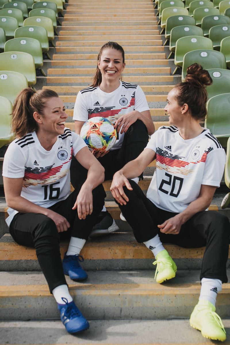 德国女足国家队2019世界杯主客场球衣 © 球衫堂 kitstown
