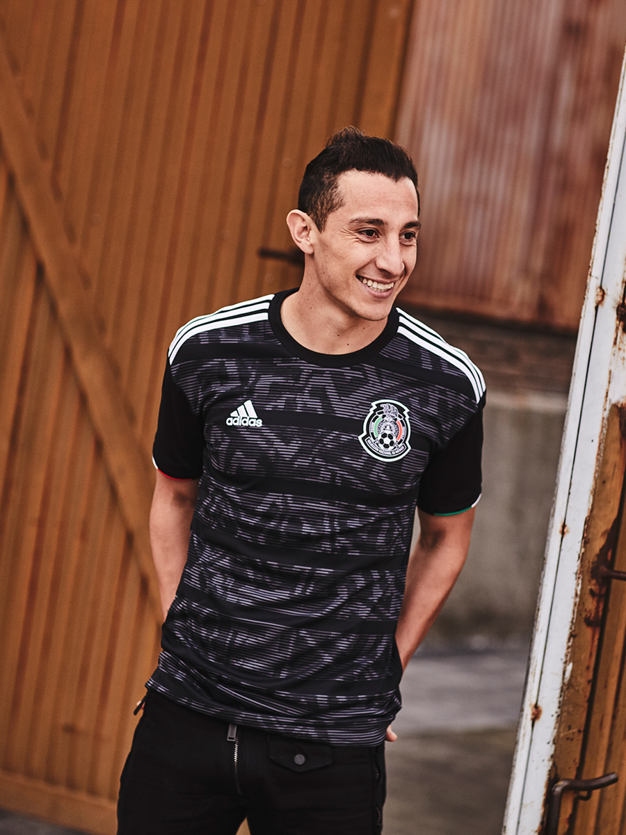 墨西哥国家队2019赛季主场球衣 © 球衫堂 kitstown