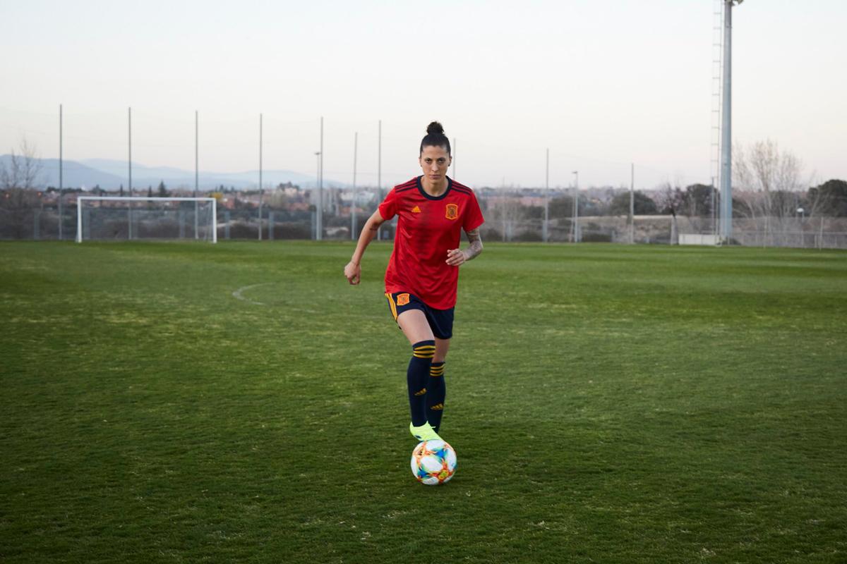 西班牙女足国家队2019世界杯主场球衣 © 球衫堂 kitstown