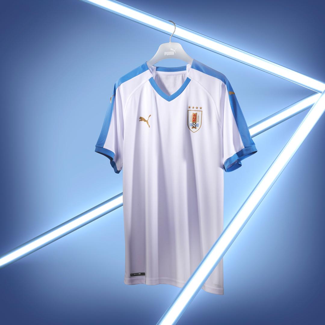 乌拉圭国家队2019赛季主客场球衣 © 球衫堂 kitstown