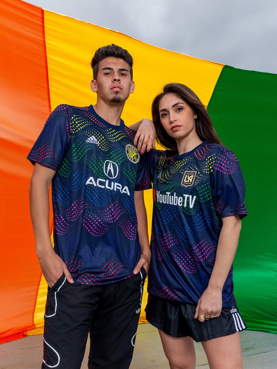 "adidas × 大联盟2019""Pride""赛前训练球衣 © 球衫堂 kitstown"