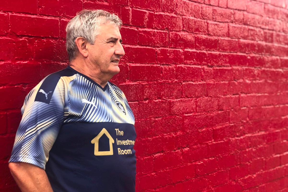 巴恩斯利2019-20赛季客场球衣 © 球衫堂 kitstown