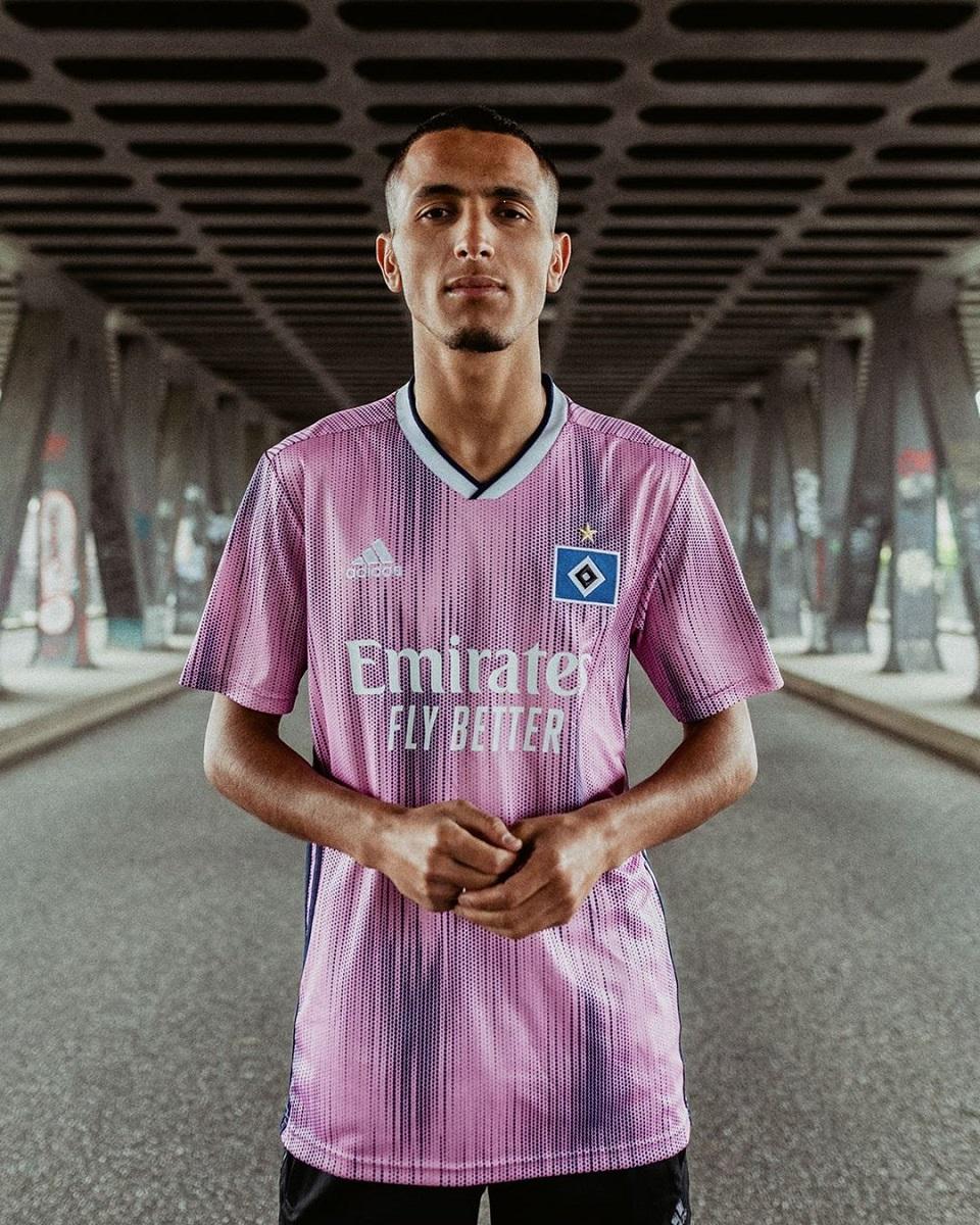 汉堡2019-20赛季客场球衣 © 球衫堂 kitstown