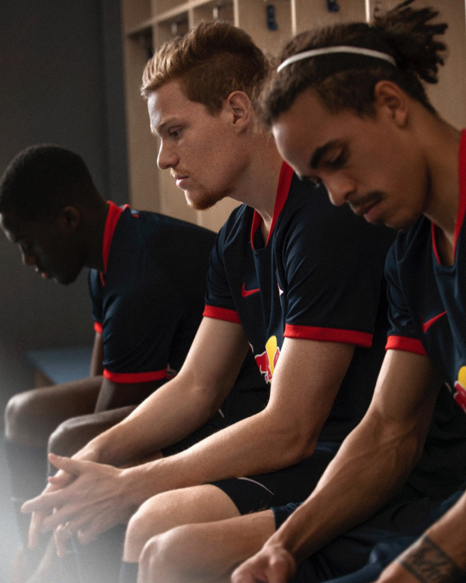 莱比锡2019-20赛季主客场球衣 © 球衫堂 kitstown