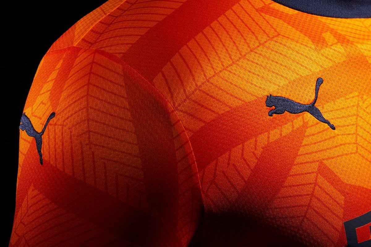 纽卡斯尔联2019-20赛季第二客场球衣 © 球衫堂 kitstown