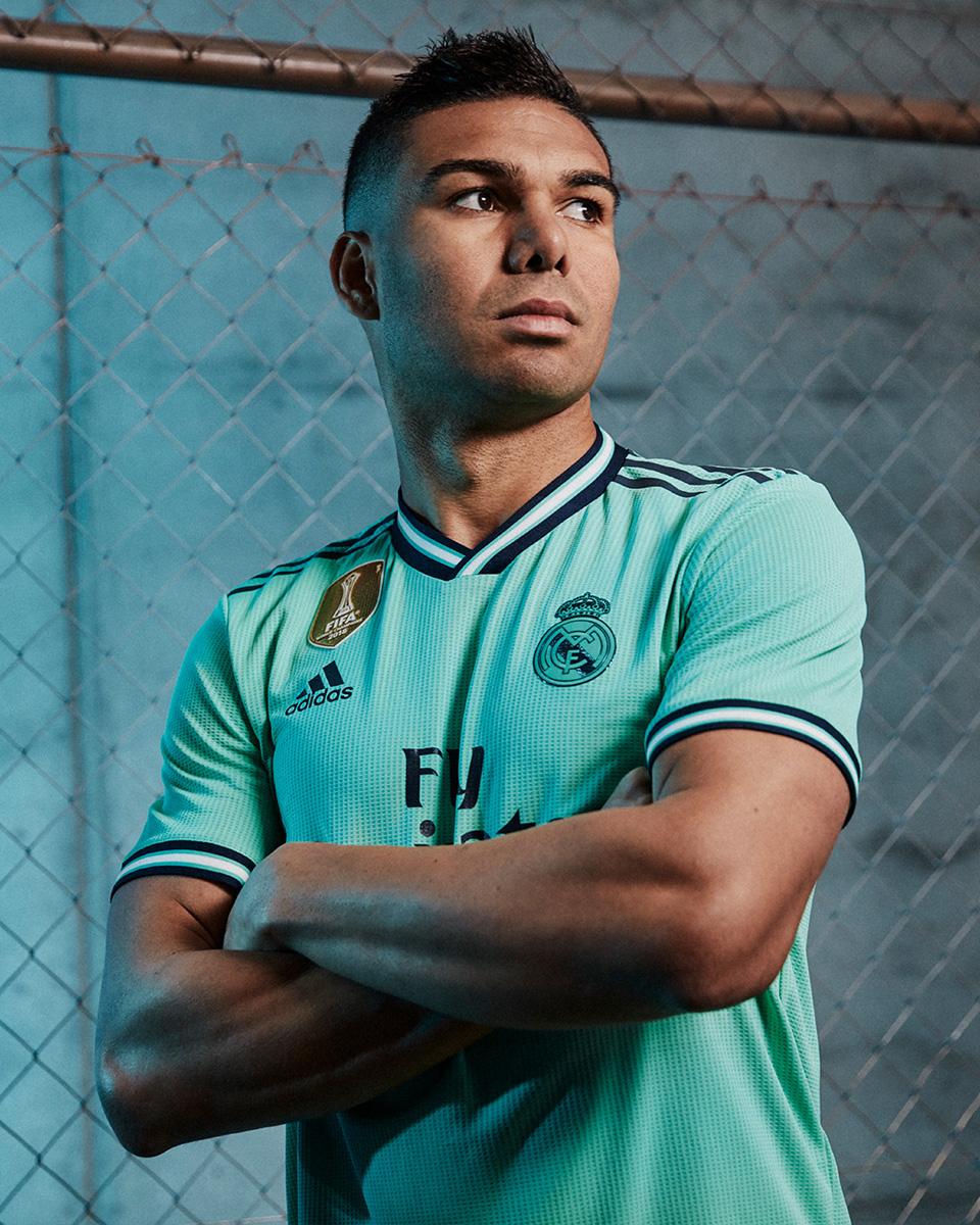 皇家马德里2019-20赛季第二客场球衣 © 球衫堂 kitstown