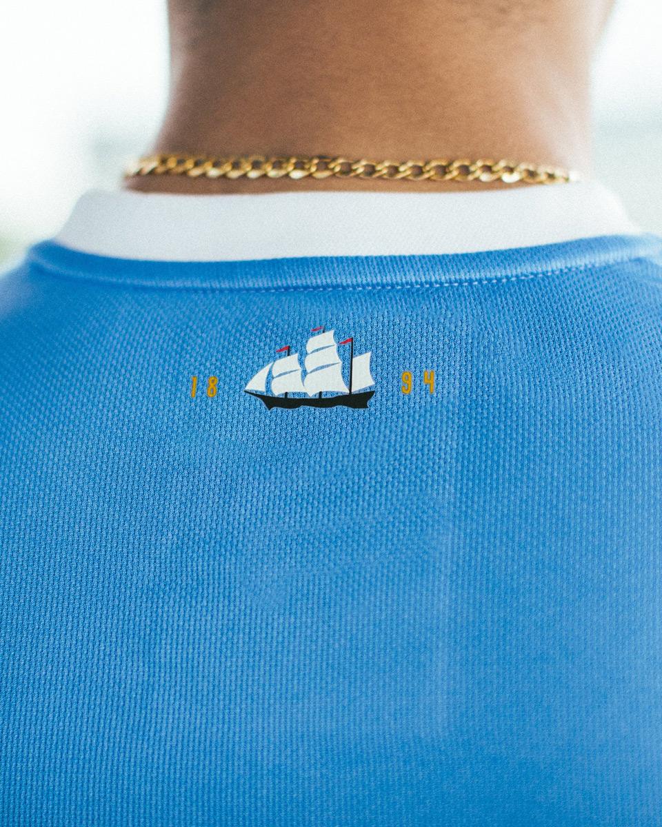 曼彻斯特城125周年纪念球衣 © 球衫堂 kitstown