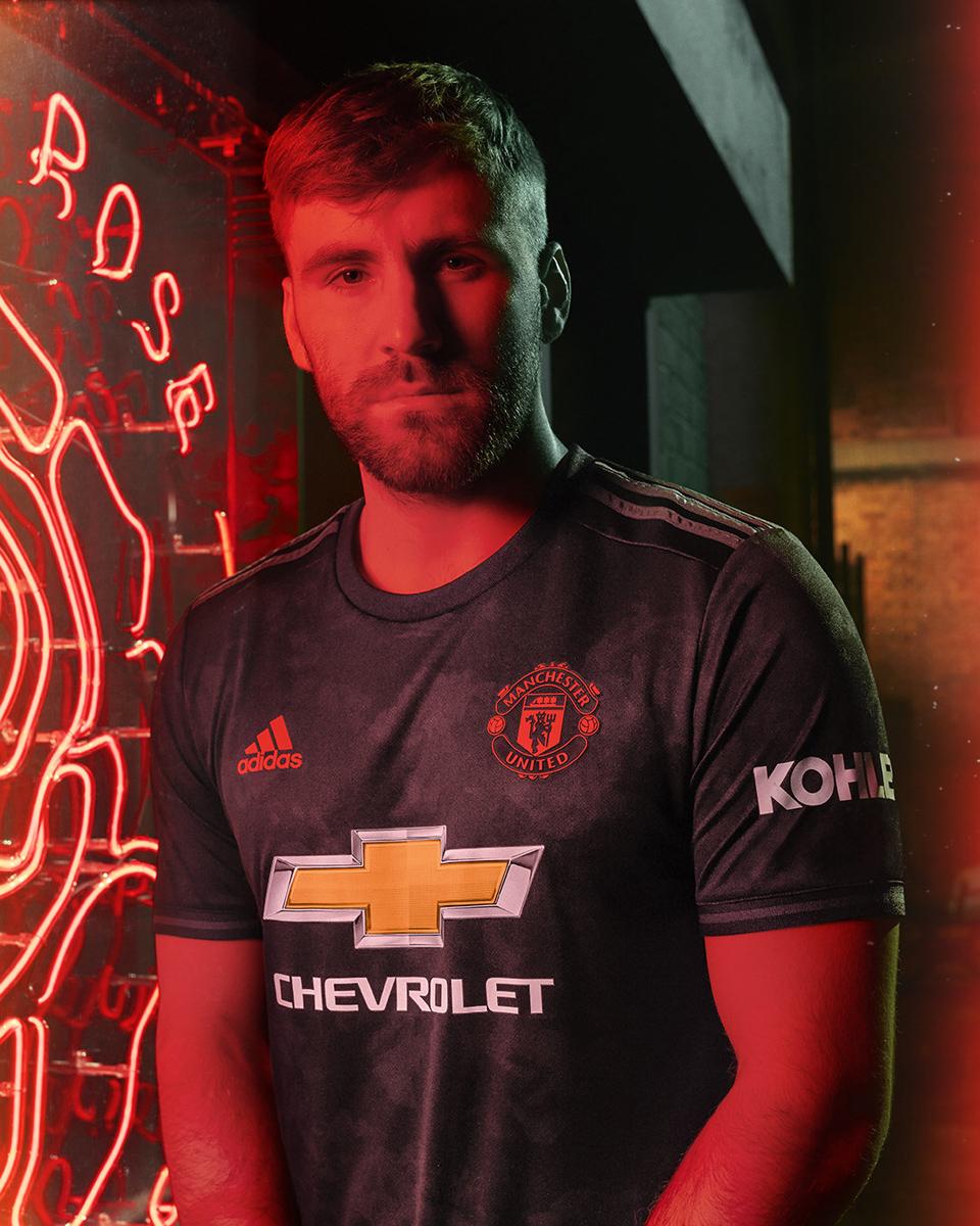 曼彻斯特联2019-20赛季第二客场球衣 © 球衫堂 kitstown