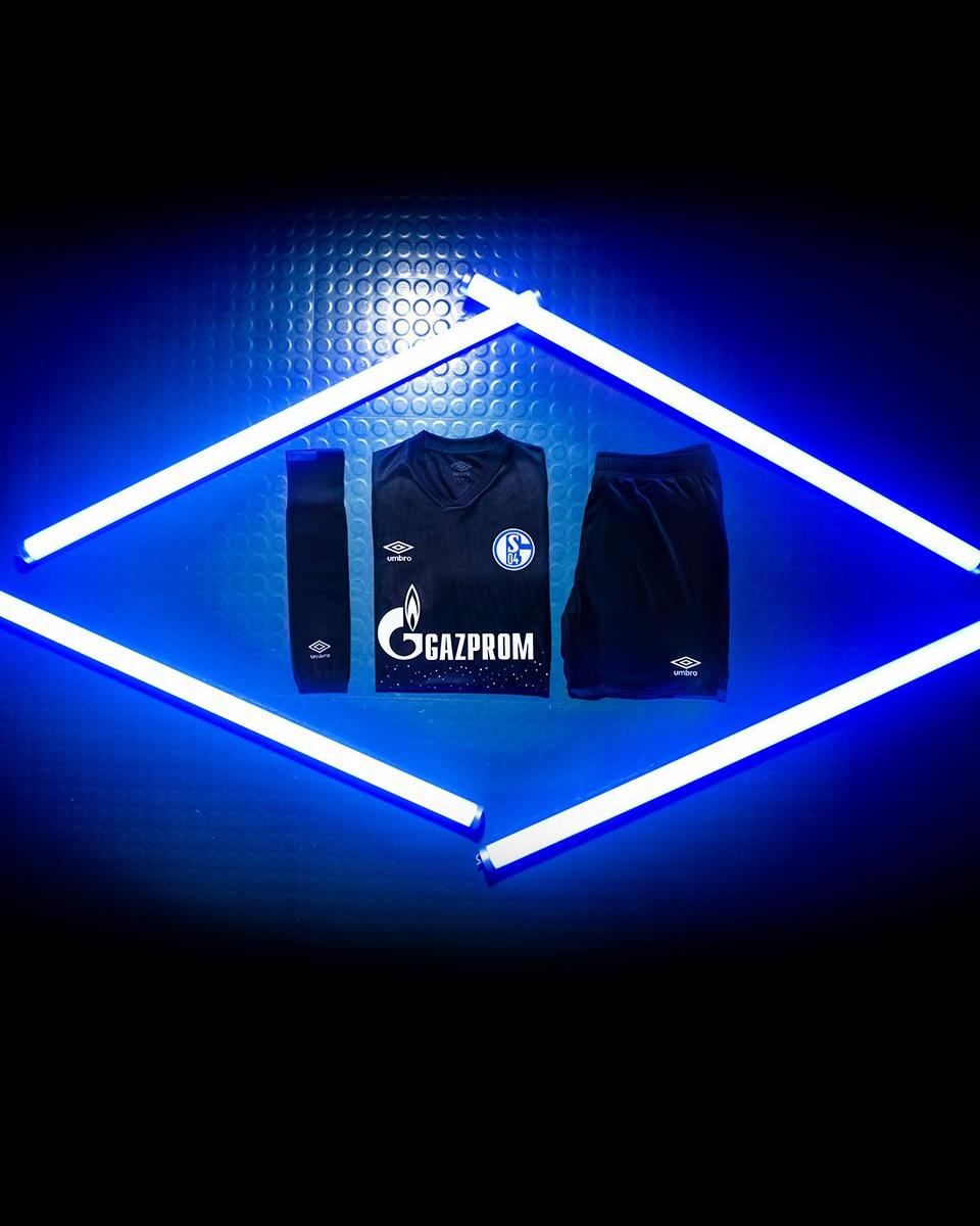 沙尔克04 2019-20赛季第二客场球衣 © 球衫堂 kitstown