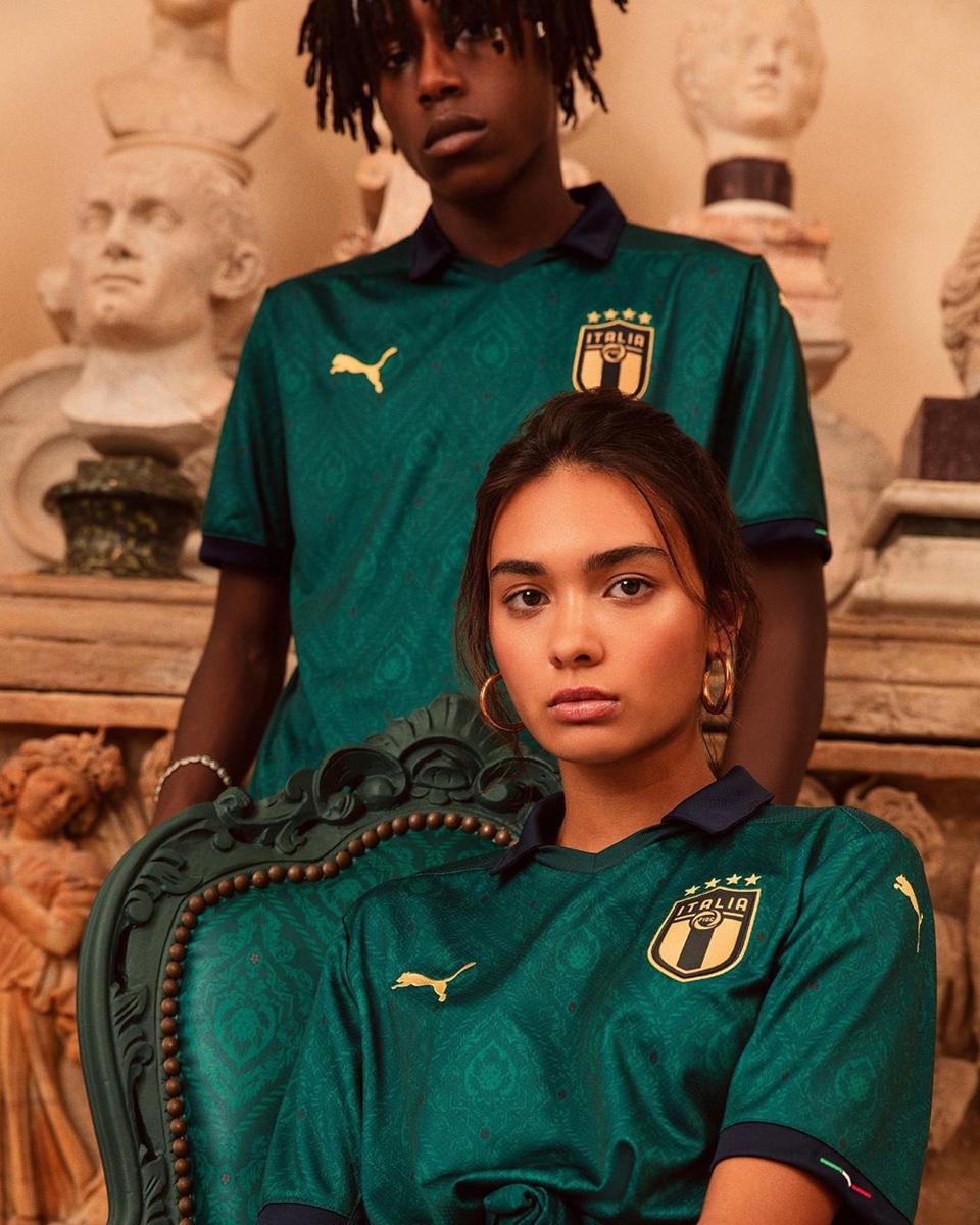 意大利国家队2019-20赛季第二客场球衣 © 球衫堂 kitstown