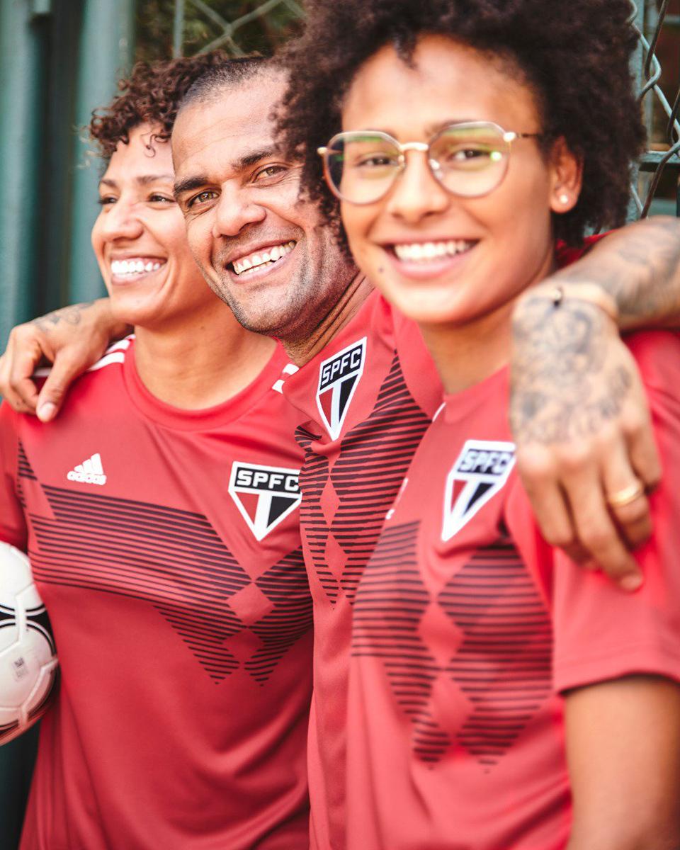 """adidas × 圣保罗""""三条纹七十年""""特别球衣 © 球衫堂 kitstown"""